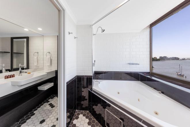 View Brisbane (Brisbane Riverview Hotel) - Brisbane - Bad