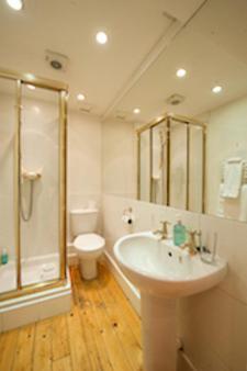 The Ben Doran Guest House - Edinburgh - Bathroom