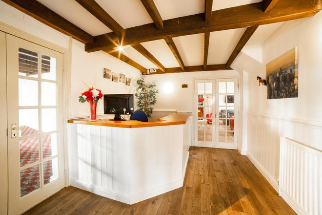 The White Horse Lodge Hotel - Thirsk - Recepción