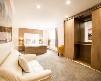 OYO White Horse Lodge Hotel - Thirsk - Ložnice