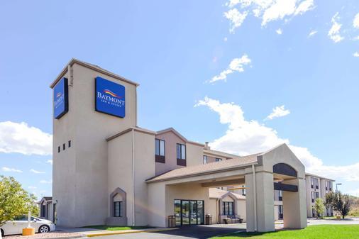 Baymont by Wyndham Pueblo - Pueblo - Gebäude