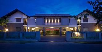 ホテル リオス - バンドン