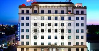 The Padre Hotel - בייקרספילד - בניין