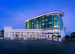 سي كاي تانجونغبينانغ هوتل آند كونفينشن سنتر - تانجنغ بينانغ - مبنى