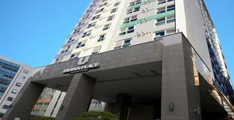 Urban Place Gangnam - Seúl - Edificio