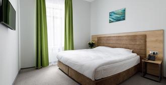 Custos Riverside Hotel - Moscow - Bedroom