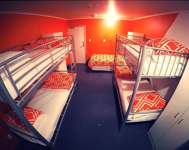 Arthouse Accommodation - Tauranga - Bedroom