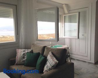 Apartamentos vista a tres continentes - La Línea de la Concepción - Wohnzimmer