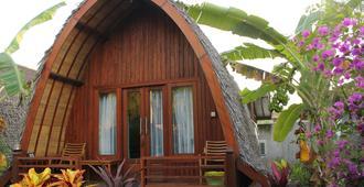 Melati Cottage - Pemenang - Building