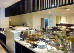 Kyriad M Hotel Sorong - Sorong - Buffet