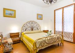 格爾索伊爾酒店 - 蒙特羅尼迪萊切 - 萊切 - 臥室
