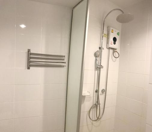 曼谷巴夏喀酒店 - 曼谷 - 浴室