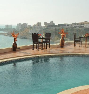 Hollywood Inn Boutique Hotel - Jounieh - Uima-allas