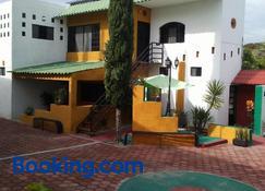 Casa de Los Rios - Calvillo - Building