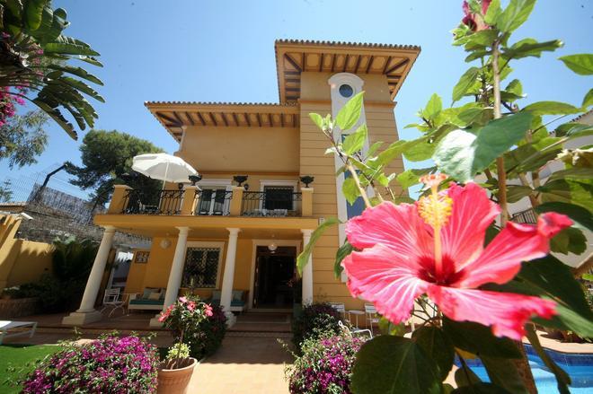 Villa Lorena Málaga - Málaga - Building