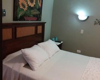 Hostal Centro - Curicó - Bedroom