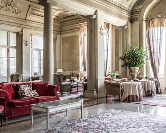 Bagni Di Pisa Palace and Spa - San Giuliano Terme - Бар