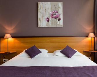 The Originals City, Hôtel Manche-Océan, Vannes Centre (Inter-Hotel) - Vannes - Bedroom