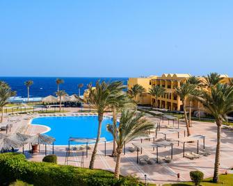 Jaz Lamaya Resort - Эль-Кусейр - Бассейн
