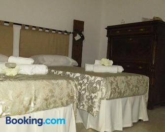 Bed and Breakfast Elettra - Pisticci - Schlafzimmer