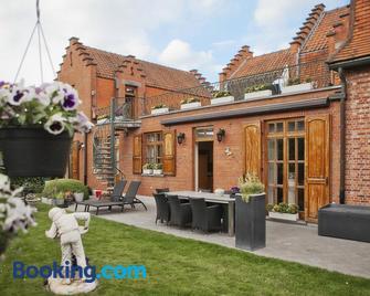 B&B Ter Vesten - Ypres - Building