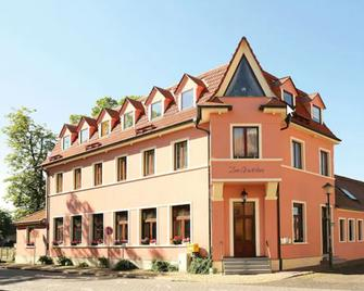 Hotel Zum Gondoliere - Woerlitz - Edificio