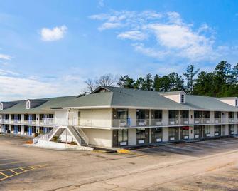 Motel 6 Lagrange, GA - La Grange - Edificio