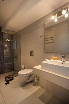 Frida Apartments - Chania - Bathroom
