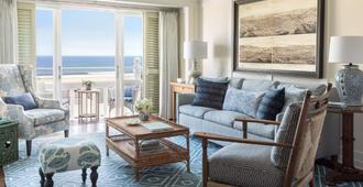 Shutters on the Beach - Santa Monica - Living room
