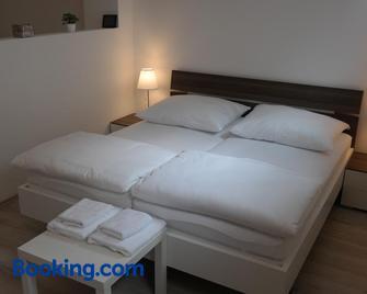 Antonio Appartement - Wiener Neustadt - Bedroom