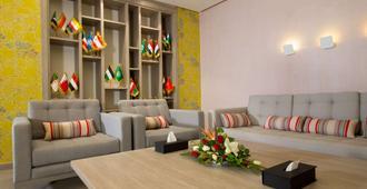 Golden Tulip El Mechtel - Tunis - Wohnzimmer