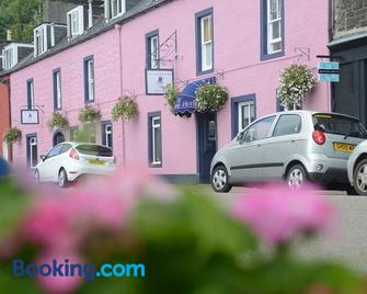 The Tobermory Hotel - Isle of Mull - Building