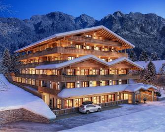 Boutique Hotel Die Alpbacherin - Alpbach - Gebäude