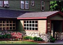 Stroudsmoor Country Inn - Stroudsburg - Building