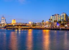 Wyndham San Diego Bayside - Сан-Дієго - Вигляд зовні