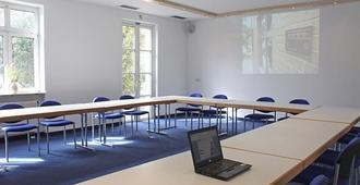 Hotel Neuwirtshaus - Stuttgart - Meeting room