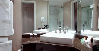 هوتل منوار فيكتوريا - كويبيك ستي - حمام