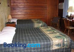 Chateau Lodge - Oregon - Bedroom