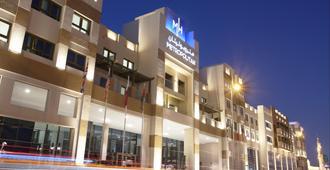 Metropolitan Hotel Dubai - Dubai - Toà nhà