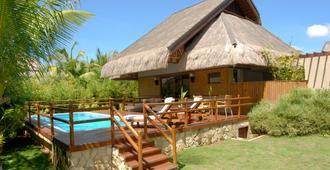 Eskaya Beach Resort And Spa - Panglao - Building