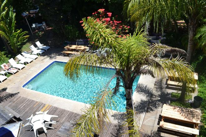 Billabong Backpackers Resort - Perth - Pool
