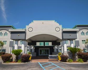 Best Western Plus Blue Angel Inn - Pensacola - Building