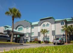 Best Western Plus Blue Angel Inn - Pensacola - Edificio