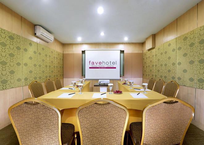 favehotel Kelapa Gading - North Jakarta - Meeting room