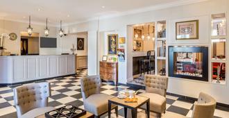 Best Western Plus Hotel Villa D'est - Strasbourg - Resepsjon