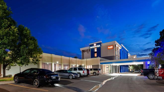 Best Western Plus Executive Residency Denver-Stapleton Hotel - Denver - Rakennus