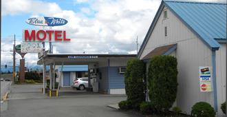 Blue And White Motel - Kalispell