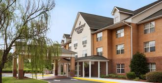 Country Inn & Suites Charlotte University Plc - Charlotte - Building