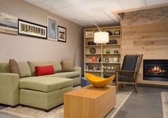 Country Inn & Suites Charlotte University Plc - Charlotte - Hành lang