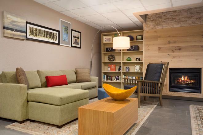 Country Inn & Suites Charlotte University Plc - Charlotte - Aula